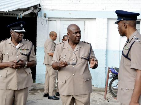 PoliceB20141203NG